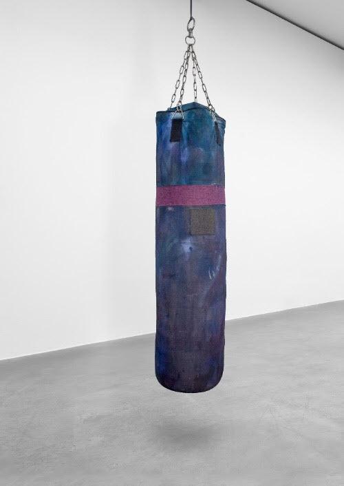 Kristian Touborg, punchbag_untitled l�rred + pigment + bl�k + polyester + st�loph�ng,