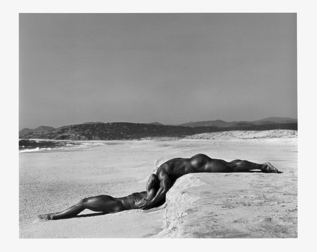 Herb Ritts, Duo I, Mexico, 1990 � Herb Ritts Foundation  ,